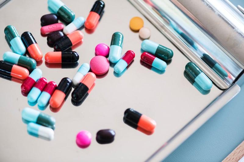 ยาชื่อสามัญและยาต้นแบบ